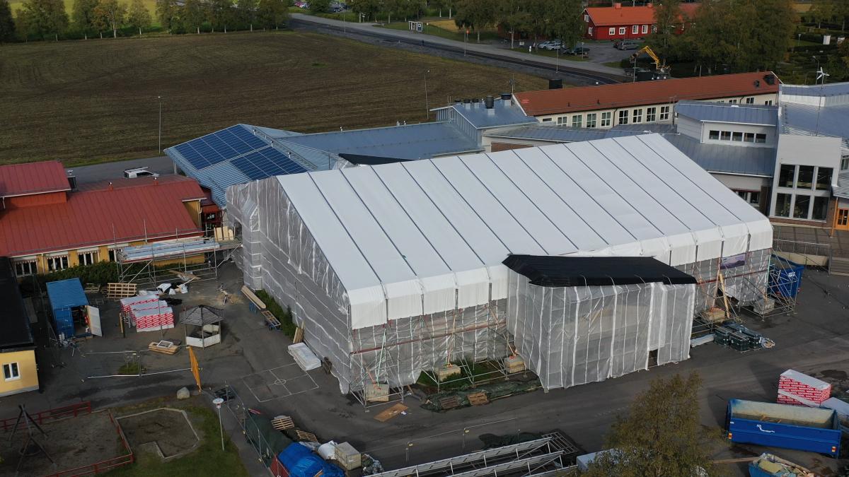 Väderskydd på Ås skola